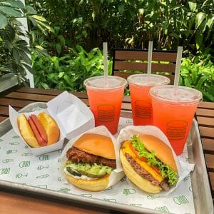 Shake Shack - Father's Day: Pop Stack for P1000 Promo